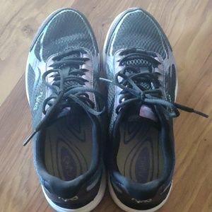 Ryka DEVOTION PLUS 2 walking shoes size 8W